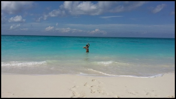tha beach 4border