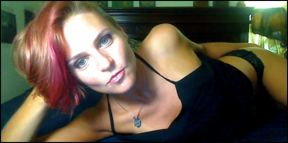 skype sex camgirl quinn69 in black tank top